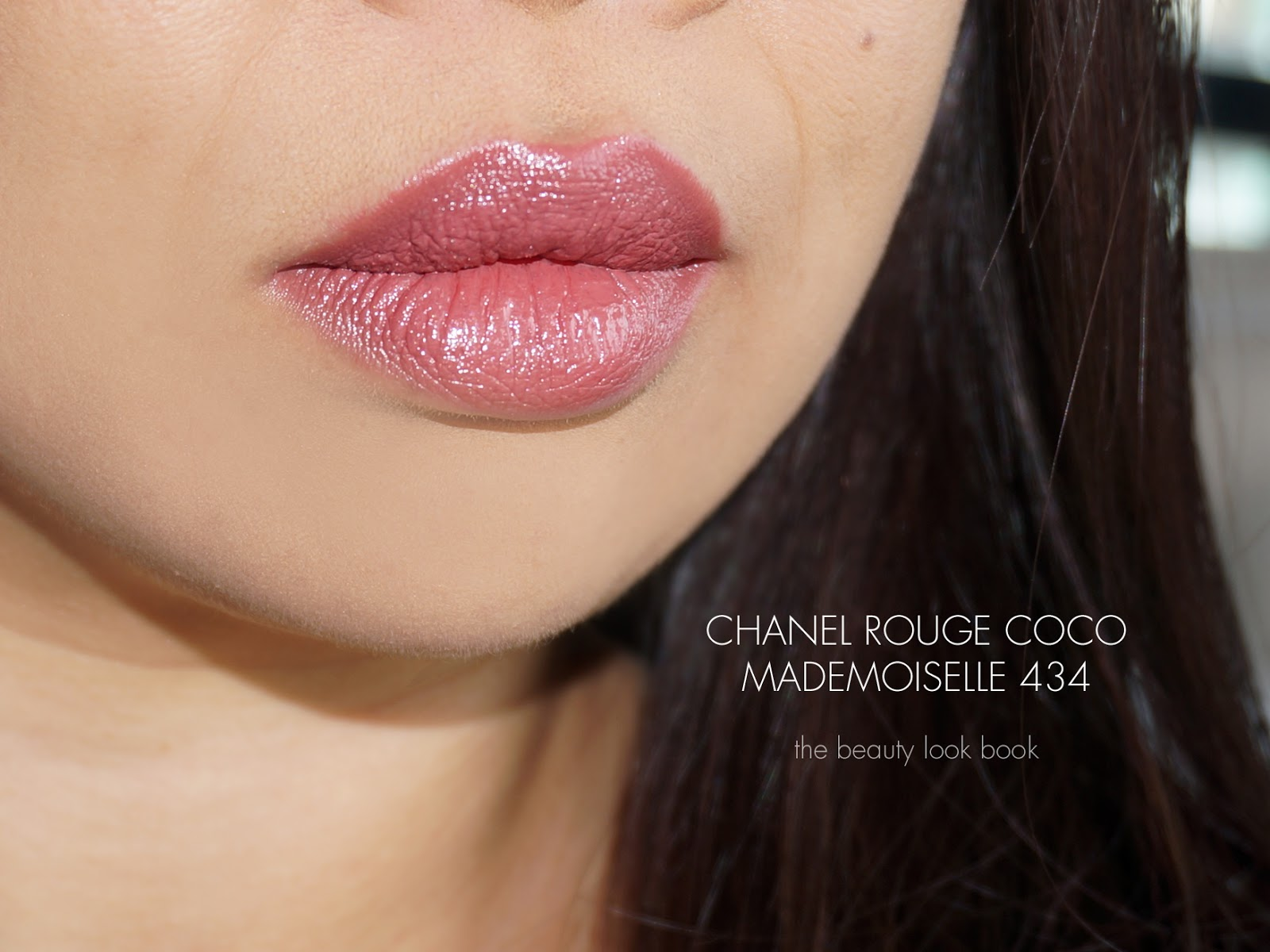 chanel rouge coco ultra hydrating lip colour the beauty look book. Black Bedroom Furniture Sets. Home Design Ideas