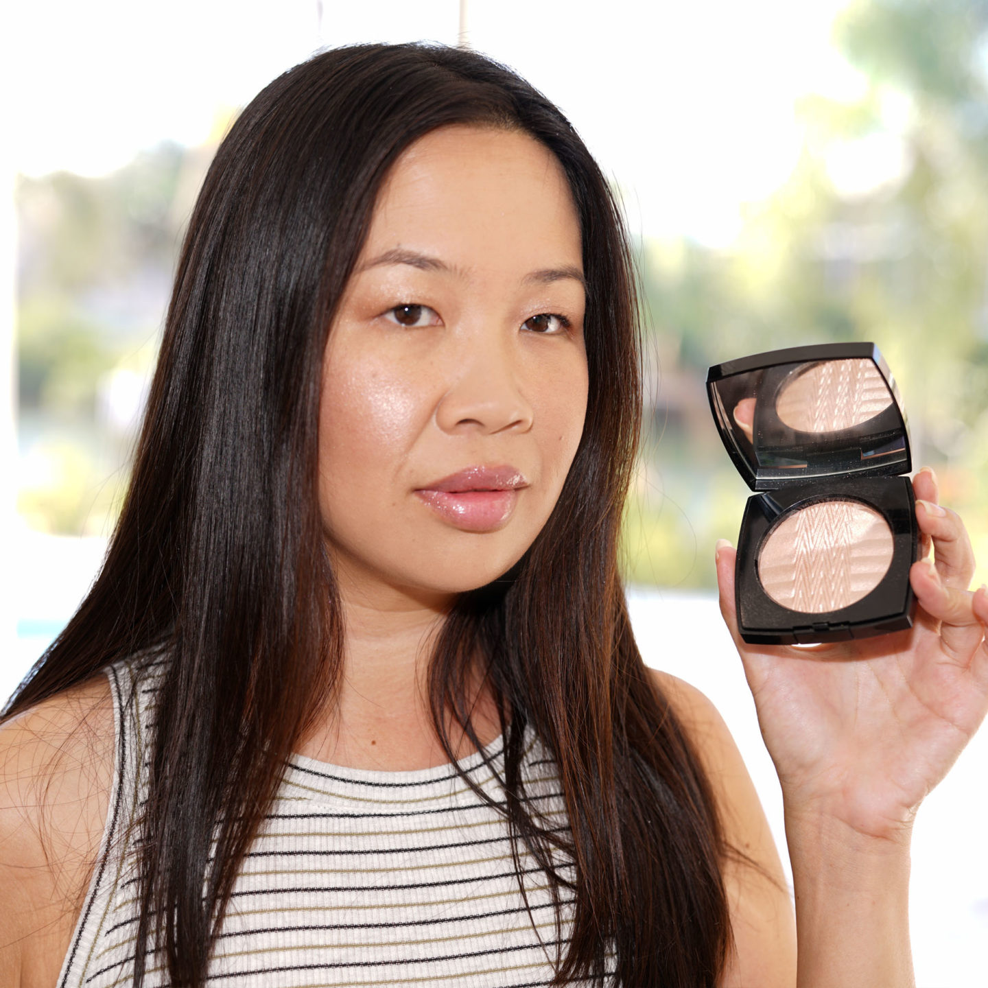 Chanel Plissee Lumiere de Chanel Highlighter | The Beauty Look Book