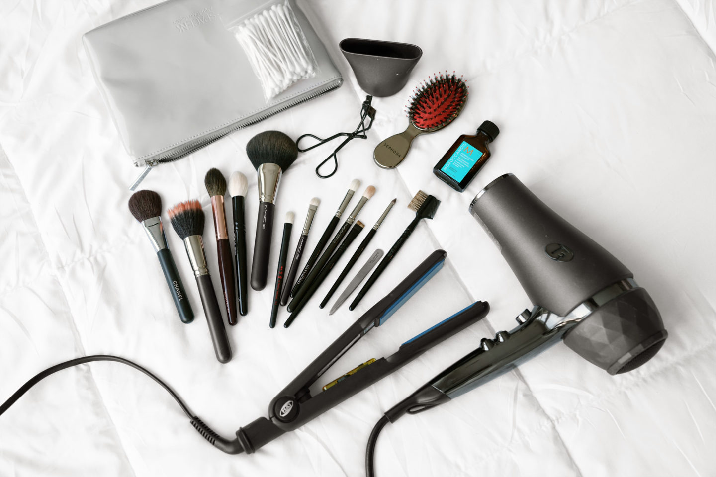 Travel Makeup Tools | The Beauty Look Book