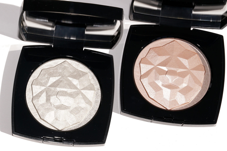 Chanel Le Signe du Lion Illuminating Powder Highlighters