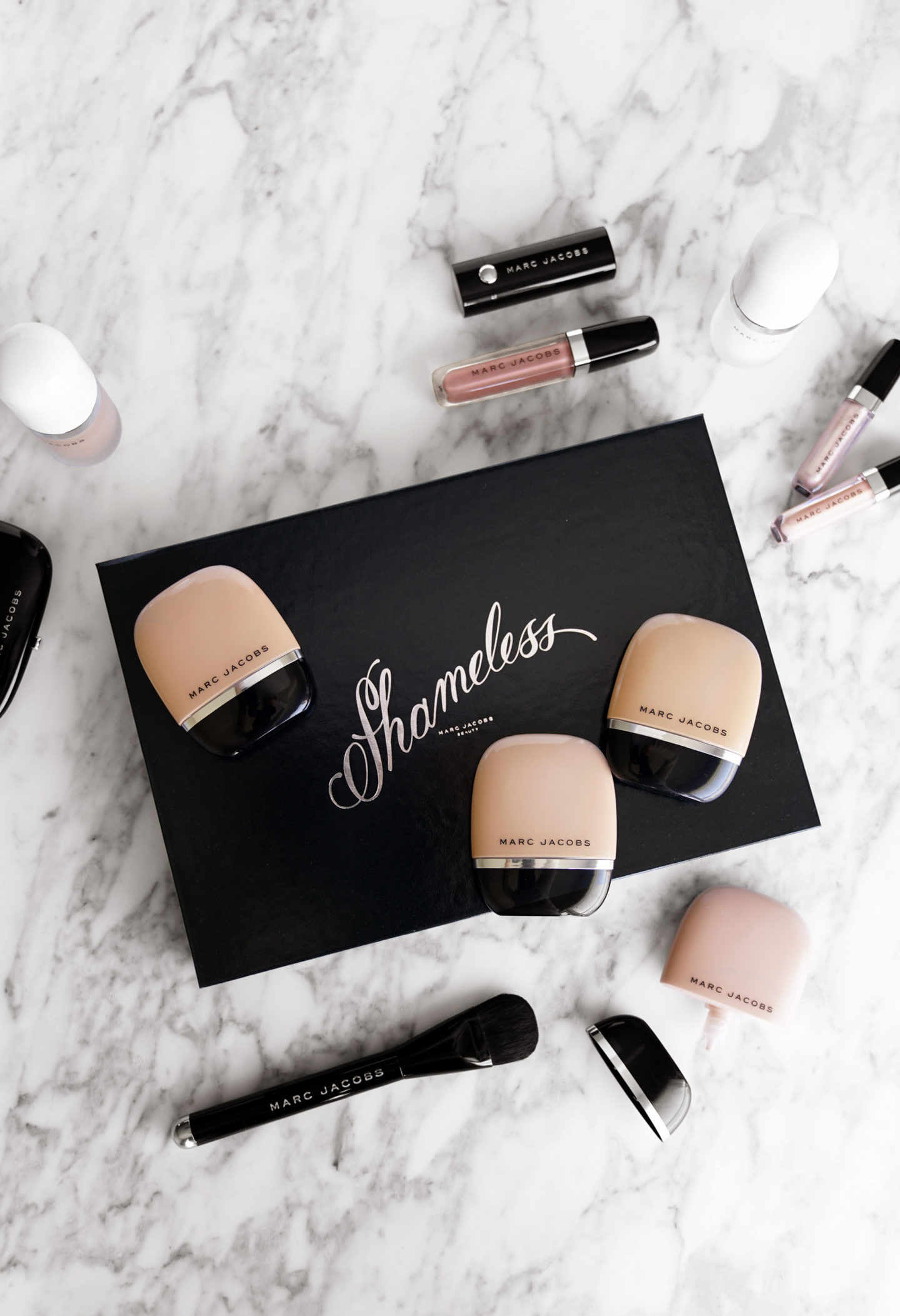 Marc Jacobs Shameless Foundation Review R310, Y320, Y340 and Y360 + The Seamless Brush