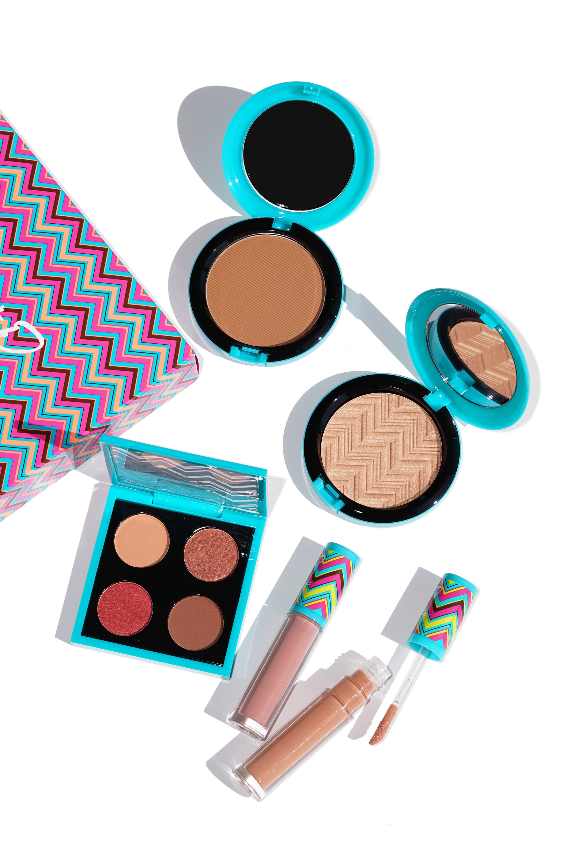 Mac patrick starrr summer starrr full face kit hot and heavy face mac patrick starrr summer starrr collection review swatches the beauty look book voltagebd Choice Image