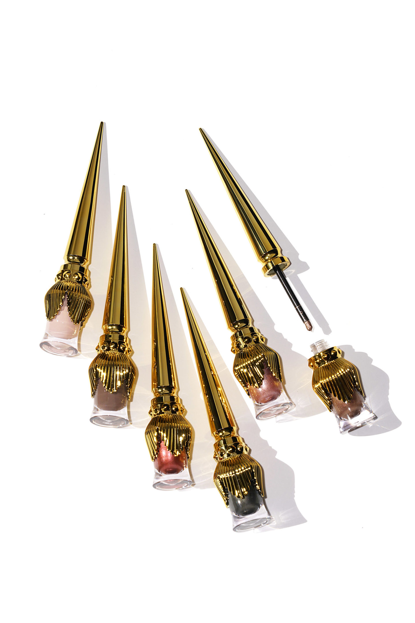 Louboutin Tape a l'Oeil Metallic + Matte Nude Eye Colour