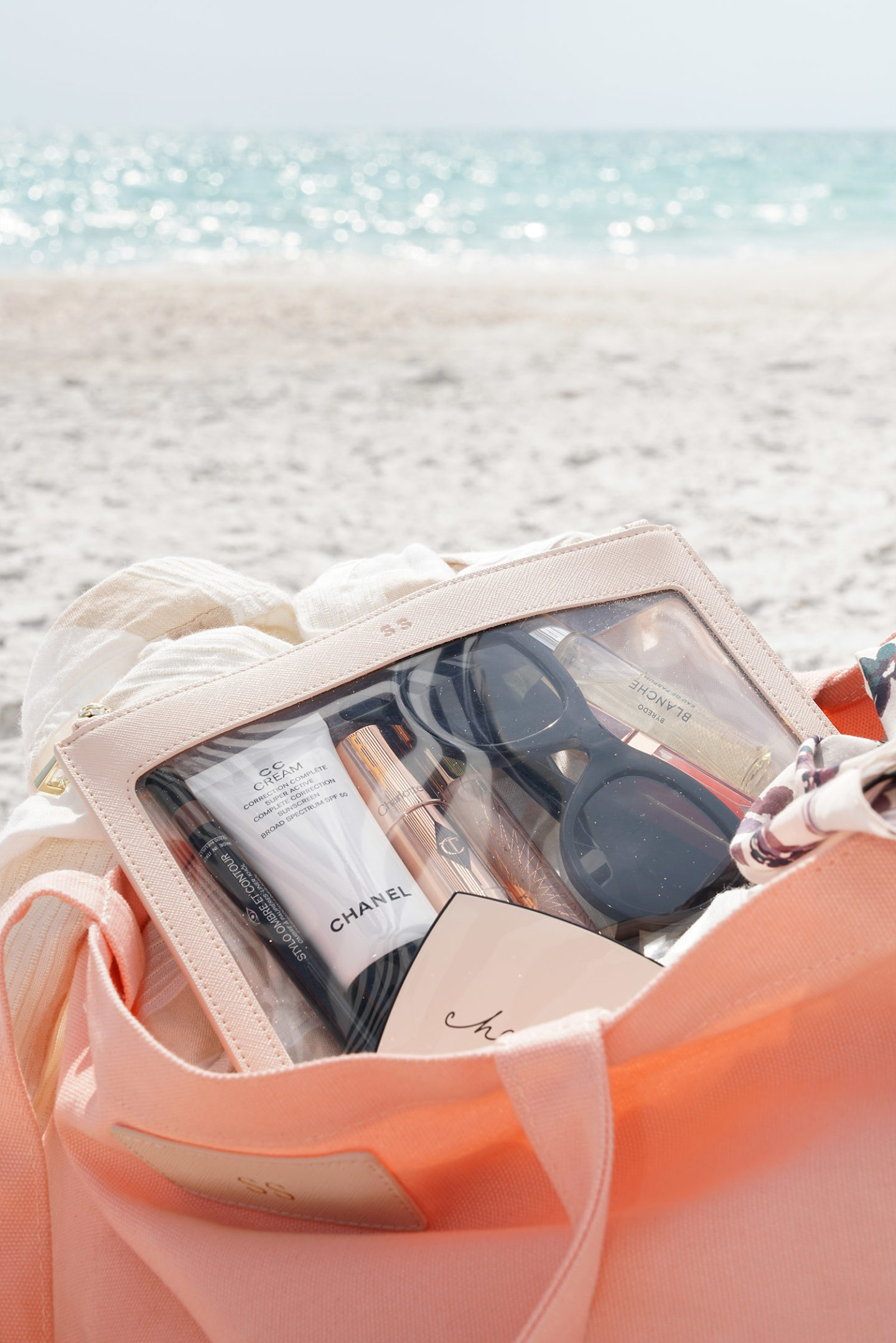 Beach Bag Essentials | The Beauty Look Book