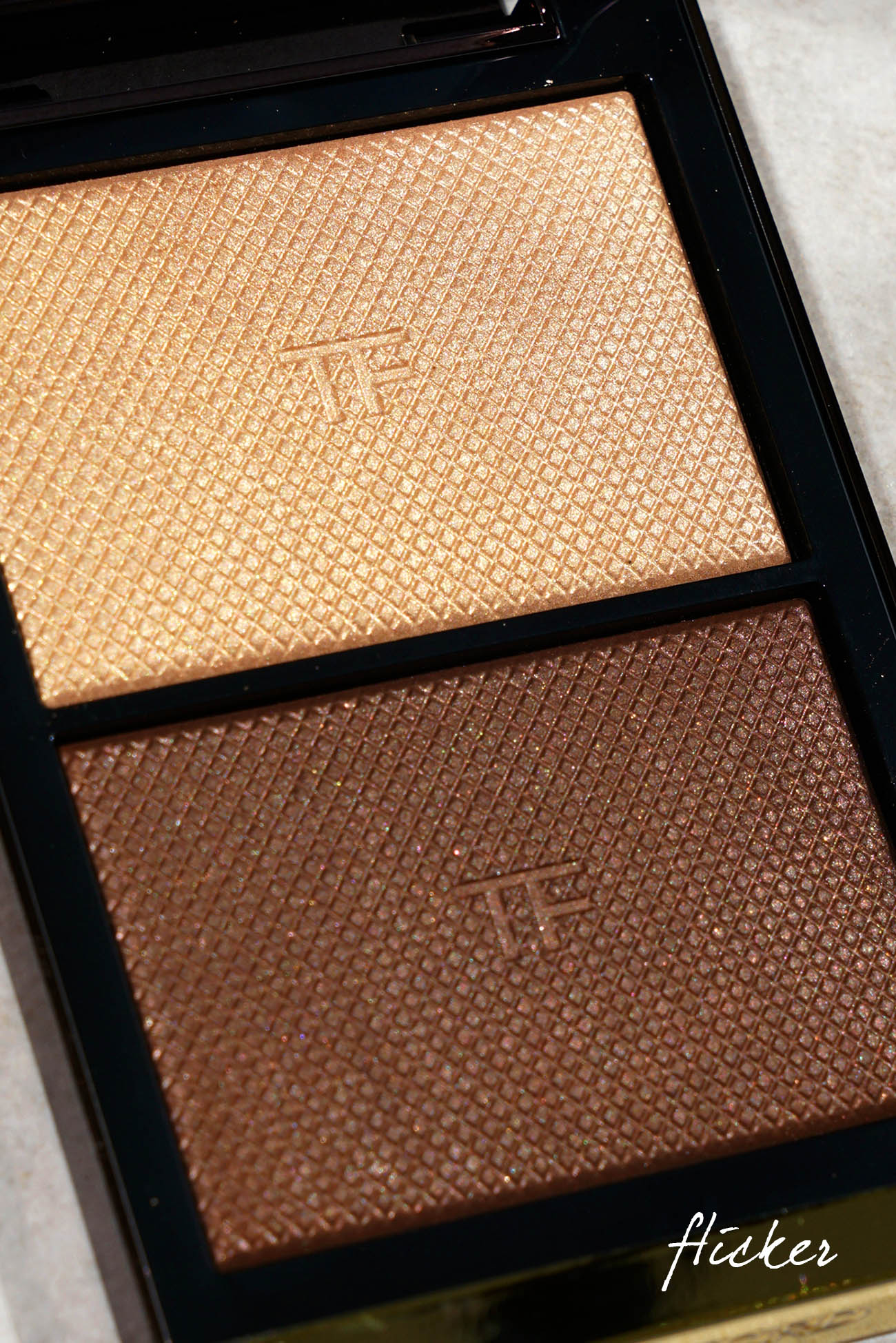 Tom Ford Skin Illuminating Duo in Flicker
