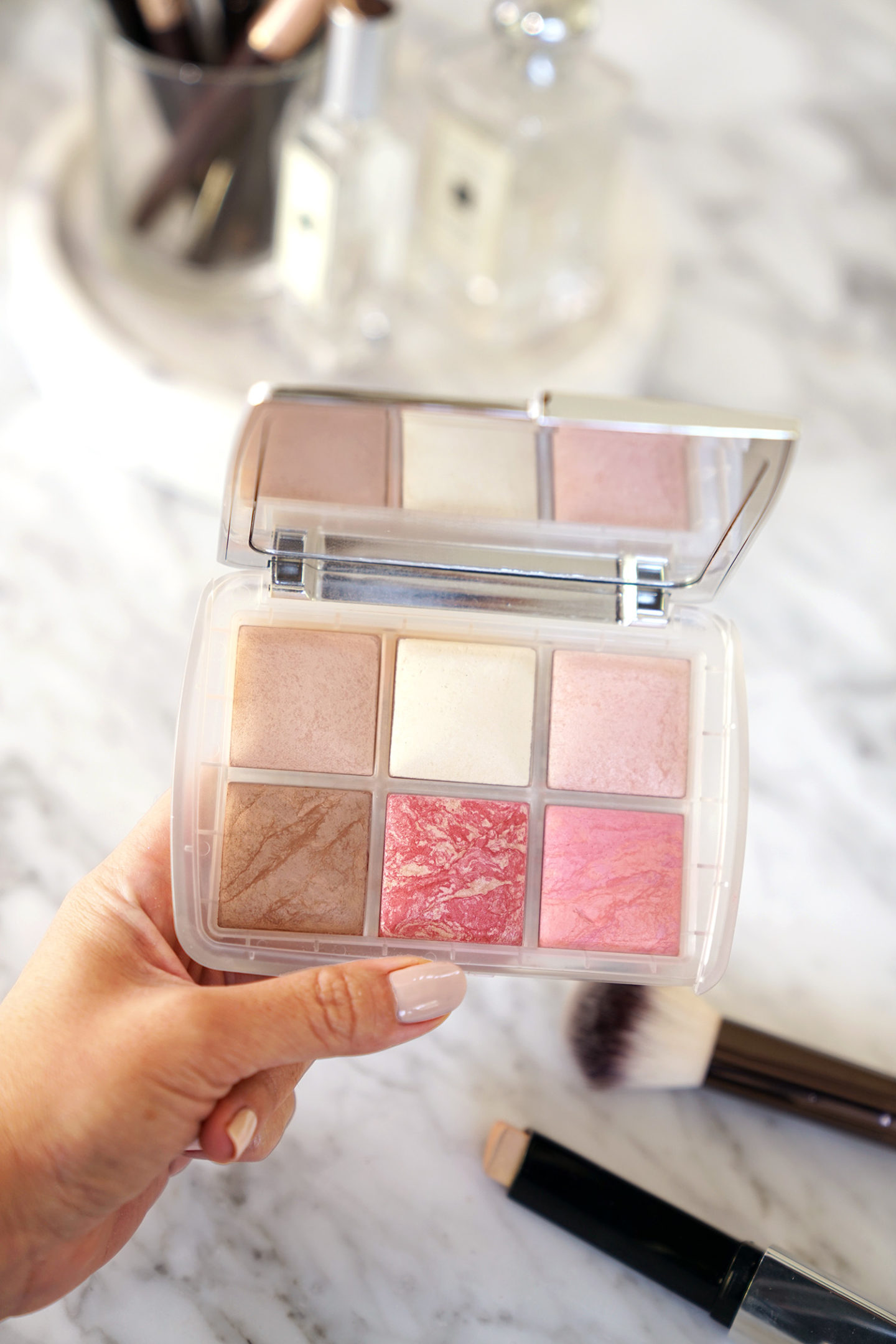 Best Holiday Cheek Palette: Hourglass Ghost