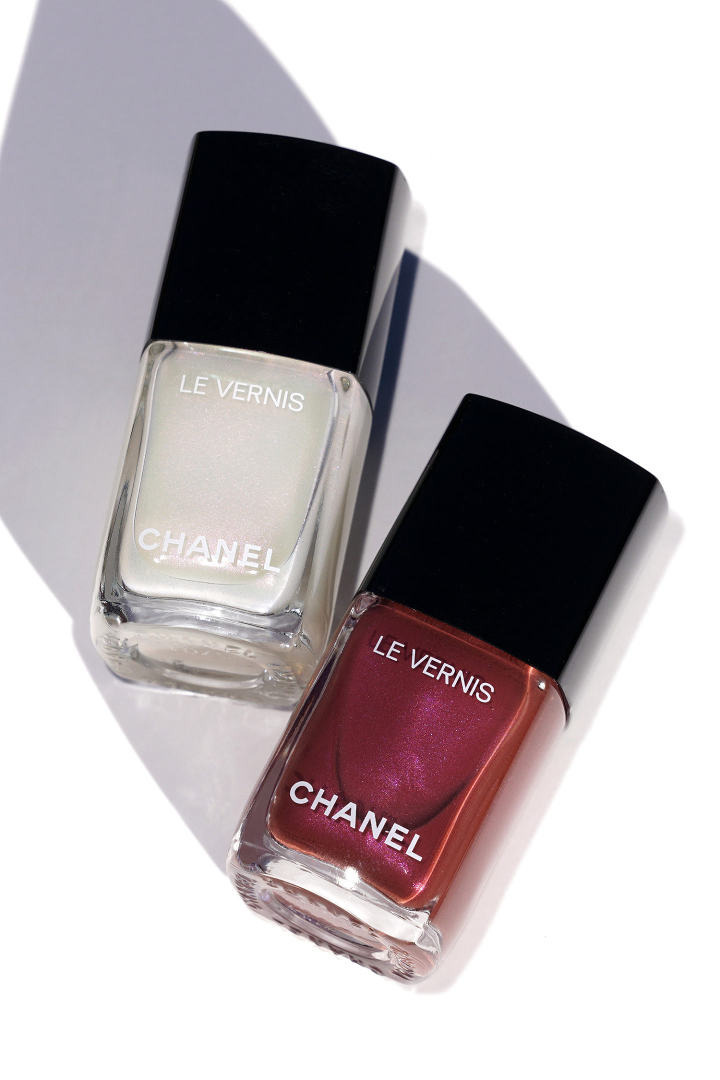 Chanel Le Vernis Perle Blanche 889 and Perle Burgundy 891